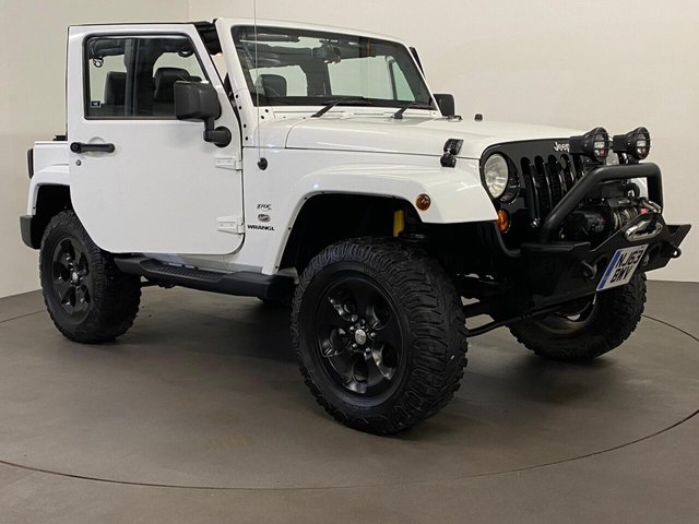 USED 2013 63 JEEP WRANGLER 2.8 CRD OVERLAND 2d 197 BHP