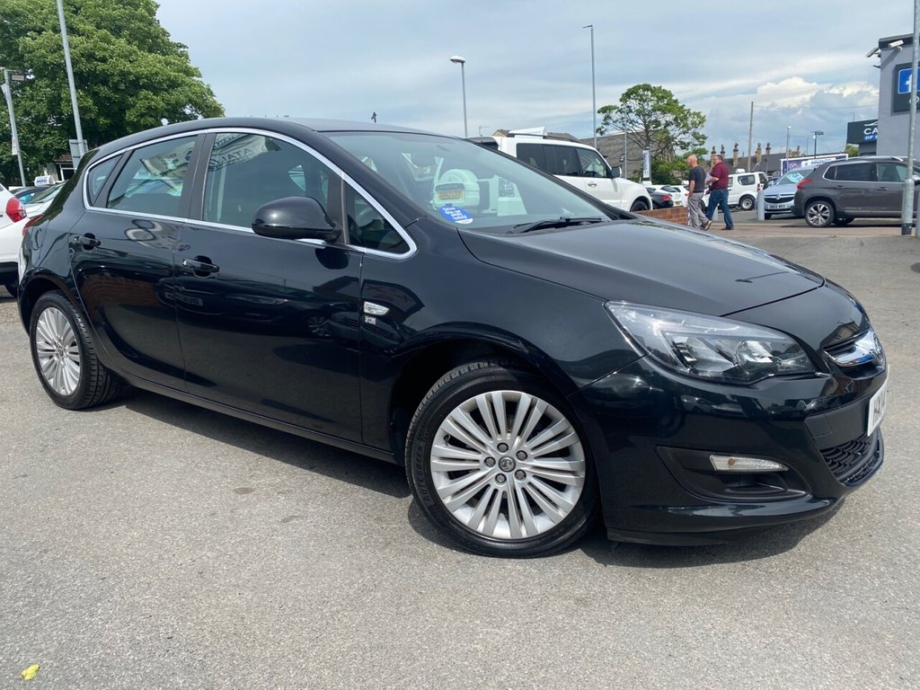 USED 2014 14 VAUXHALL ASTRA 1.6 EXCITE 5d 113 BHP