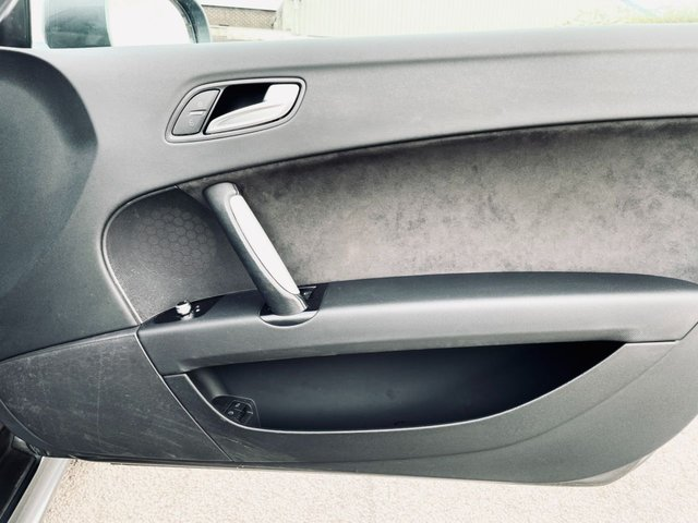 USED 2012 62 AUDI TT 2.0 TFSI S LINE 2d 208 BHP