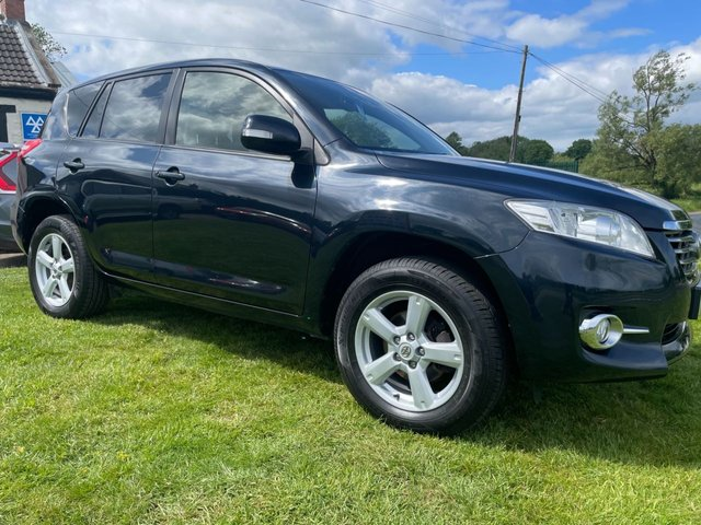 USED 2012 62 TOYOTA RAV4 2.2 XT-R D-4D  150bhp 4x4 LOW MILES 2 OWNERS READY TO DRIVE AWAY