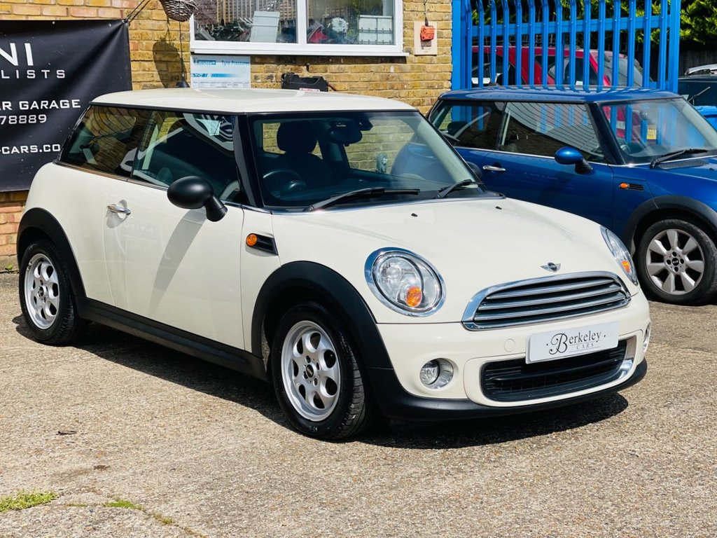 USED 2013 62 MINI HATCH ONE 1.6 ONE 3d 98 BHP WE SPECIALISE IN MINI'S!!!!!!