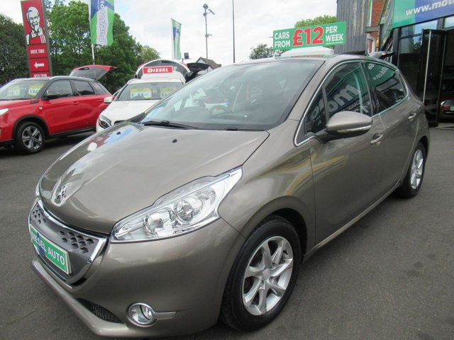 USED 2012 62 PEUGEOT 208 1.4 ALLURE E-HDI  5d 68 BHP ** JUST ARRIVED ** AUTOMATIC**