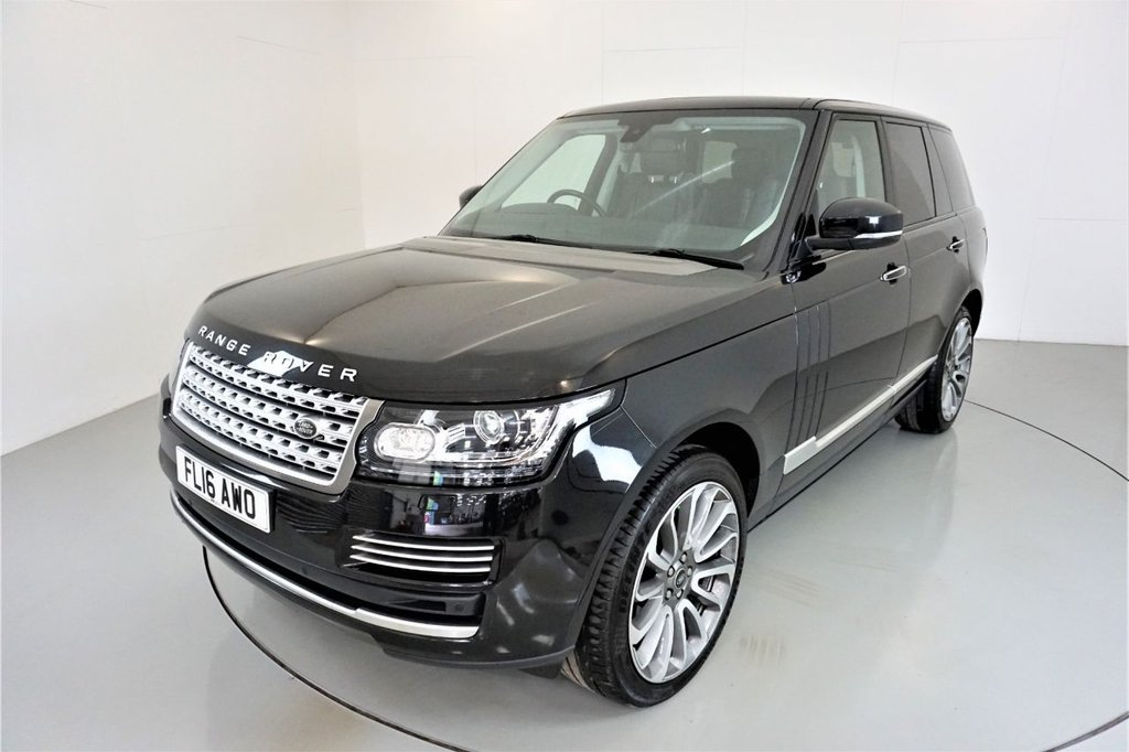 USED 2016 16 LAND ROVER RANGE ROVER 3.0 TDV6 VOGUE SE 5d-ELECTRIC DEPLOYABLE SIDE STEPS-FIXED PANORAMIC ROOF-SOFT CLOSE DOORS-HEATED AND COOLED FRONT AND REAR SEATS-HEATED STEERING WHEEL-22