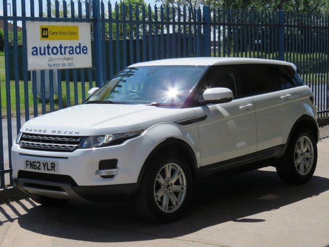 USED 2012 62 LAND ROVER RANGE ROVER EVOQUE 2.2 SD4 PURE 5d 190 BHP. REVERSE CAMERA AND REAR  PARKING SENSORS, BLUETOOTH, DAB, CRUISE REAR SENSORS+CAMERA-CRUISE-A/C-HEATED LEATHER-MERIDIAN SOUND-TINTS-BLUETOOTH