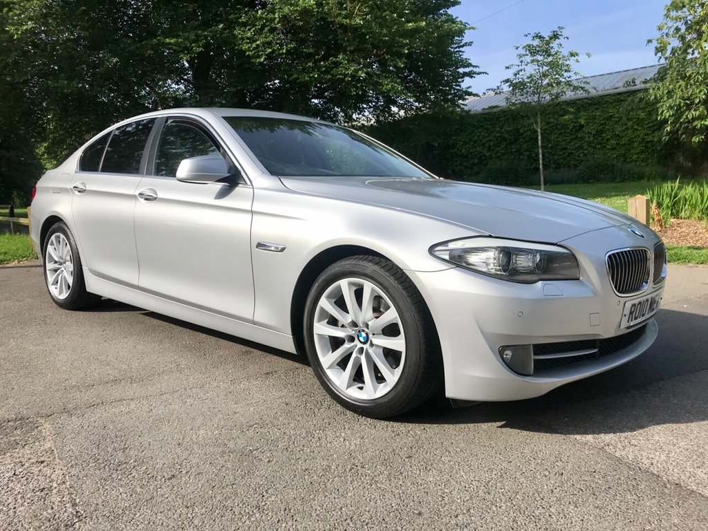 USED 2010 10 BMW 5 SERIES 3.0 523I SE 4d 202 BHP Stunning Example Of This Rare BMW 523i SE With Super Low Mileage And Full BMW Service History !!