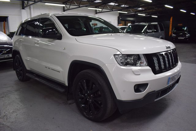 USED 2012 62 JEEP GRAND CHEROKEE 3.0 V6 CRD S-LIMITED 5d 237 BHP STUNNING CAR INSIDE AND OUT - 6 SERIVCE STAMPS TO 60K - RARE S LIMITED SPEC - KEYLESS - SAT NAV -  20 INCH GLOSS BLACK ALLOYS