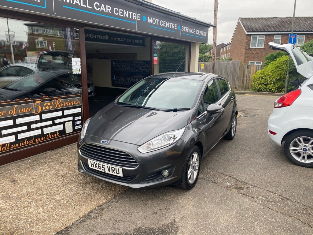 USED 2015 65 FORD FIESTA 1.0 ZETEC 5d 99 BHP BLUETOOTH - USB - DAB - AUX - AIRCON - ALLOYS - HEATED FRONT SCREEN