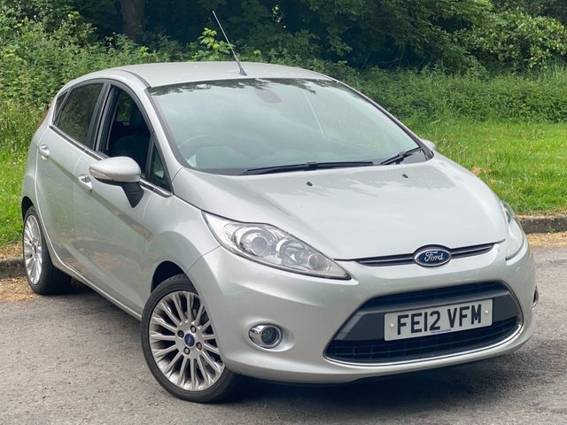 USED 2012 12 FORD FIESTA 1.4 TITANIUM 5d 96 BHP VALUE FOR MONEY FAMILY CAR