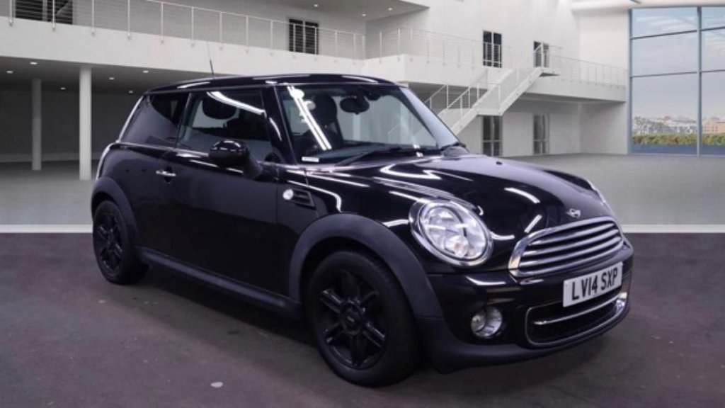 USED 2014 14 MINI HATCH COOPER 1.6 COOPER D 3d 112 BHP Isofix / Alloy Wheels / Central Locking / Aux /