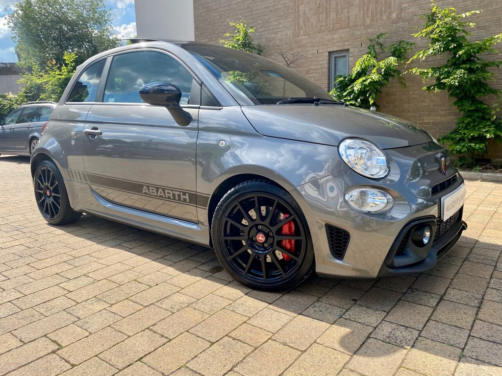 USED 2017 67 ABARTH 595 1.4L 595 COMPETIZIONE 3d 177 BHP OVER £4000 OF FACTORY EXTRAS!