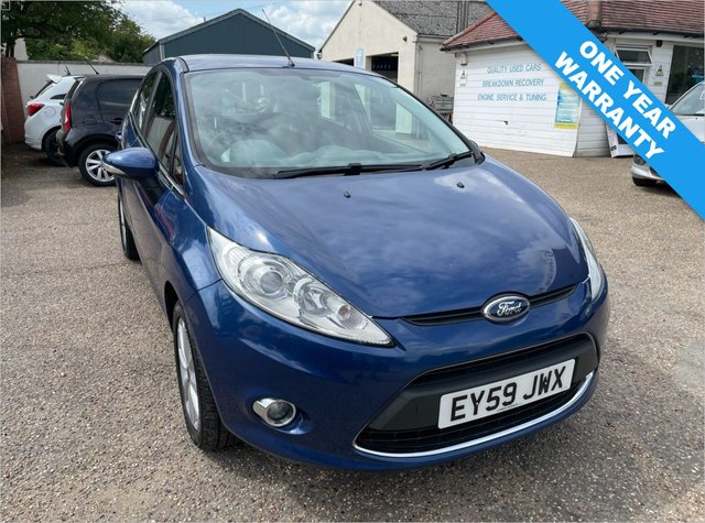 USED 2009 59 FORD FIESTA 1.2 ZETEC 5d 81 BHP ONE YEAR WARRANTY INCLUDED / ONE  OWNER CAR /  FULL FORD HISTORY  X 12 STAMPS / CAM BELT DONE 2017