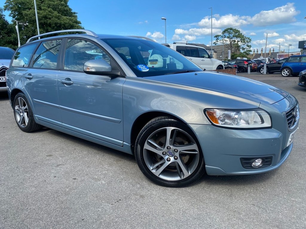 USED 2012 12 VOLVO V50 1.6 DRIVE SE LUX EDITION S/S 5d 113 BHP ONLY 2 OWNERS-FULL HISTORY
