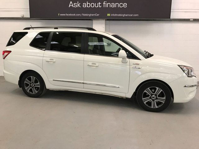 USED 2015 65 SSANGYONG RODIUS TURISMO 2.0 EX 5d 155 BHP ***7 Seater***