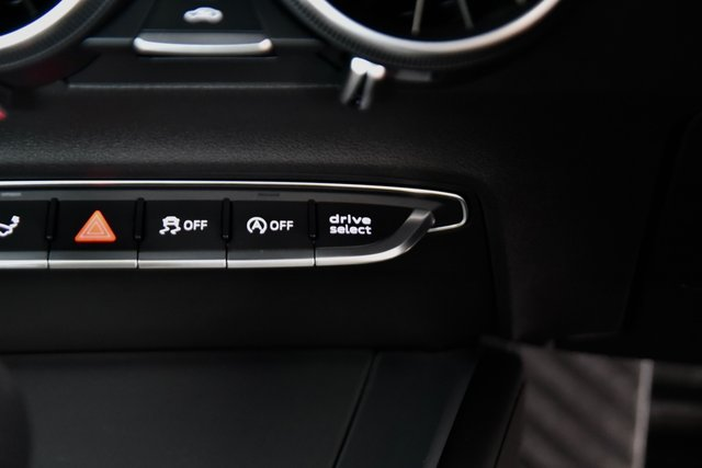 USED 2015 15 AUDI TT 2.0 TFSI S line S Tronic quattro (s/s) 3dr £36k New, F/A/S/H, Virtual C/P