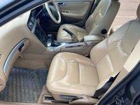 USED 2005 05 VOLVO XC70 2.4 D5 SE AWD 5d 163 BHP