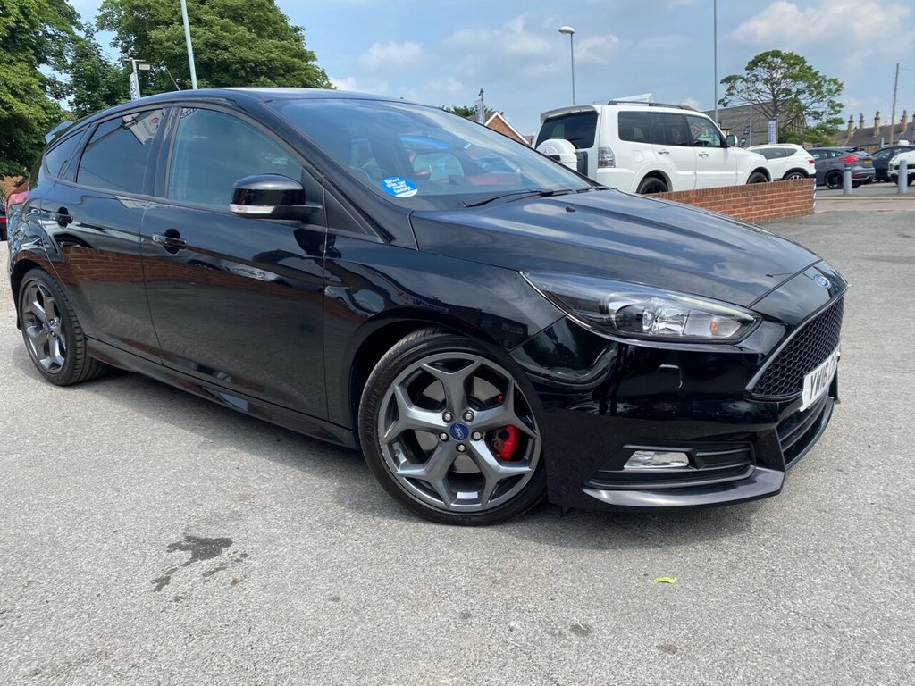 USED 2016 16 FORD FOCUS 2.0 ST-3 TDCI 5d 183 BHP LOW MILES-FULL LEATHER-HEATED SEATS