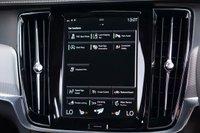USED 2018 18 VOLVO V90 2.0 D5 POWERPULSE R-DESIGN AWD 5d 231 BHP
