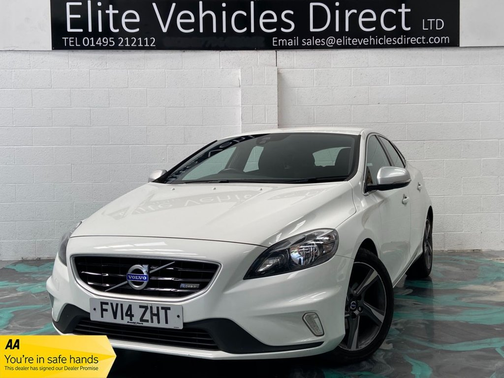 USED 2014 14 VOLVO V40 1.6 D2 R-DESIGN 5d 113 BHP *LOW RATE FINANCE FROM 6.9% APR