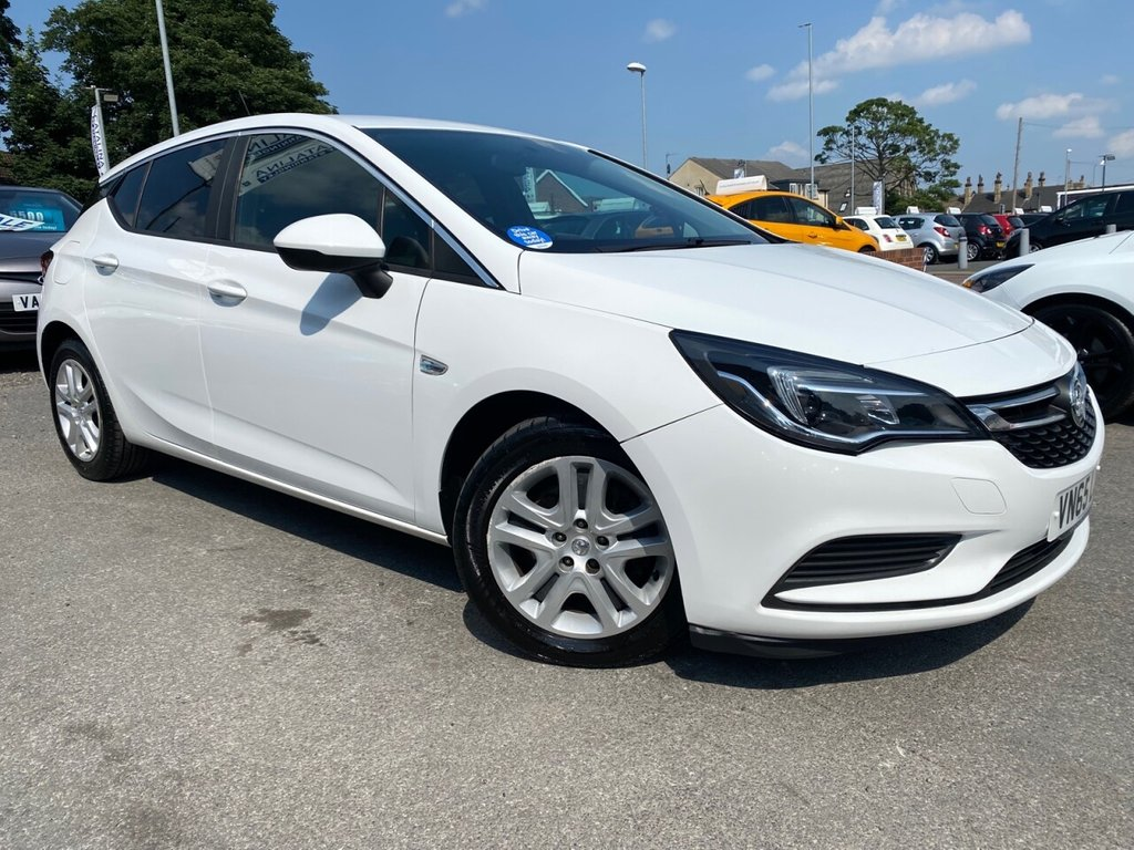 USED 2015 65 VAUXHALL ASTRA 1.6 DESIGN CDTI 5d 108 BHP SUPERB VALUE FOR MONEY