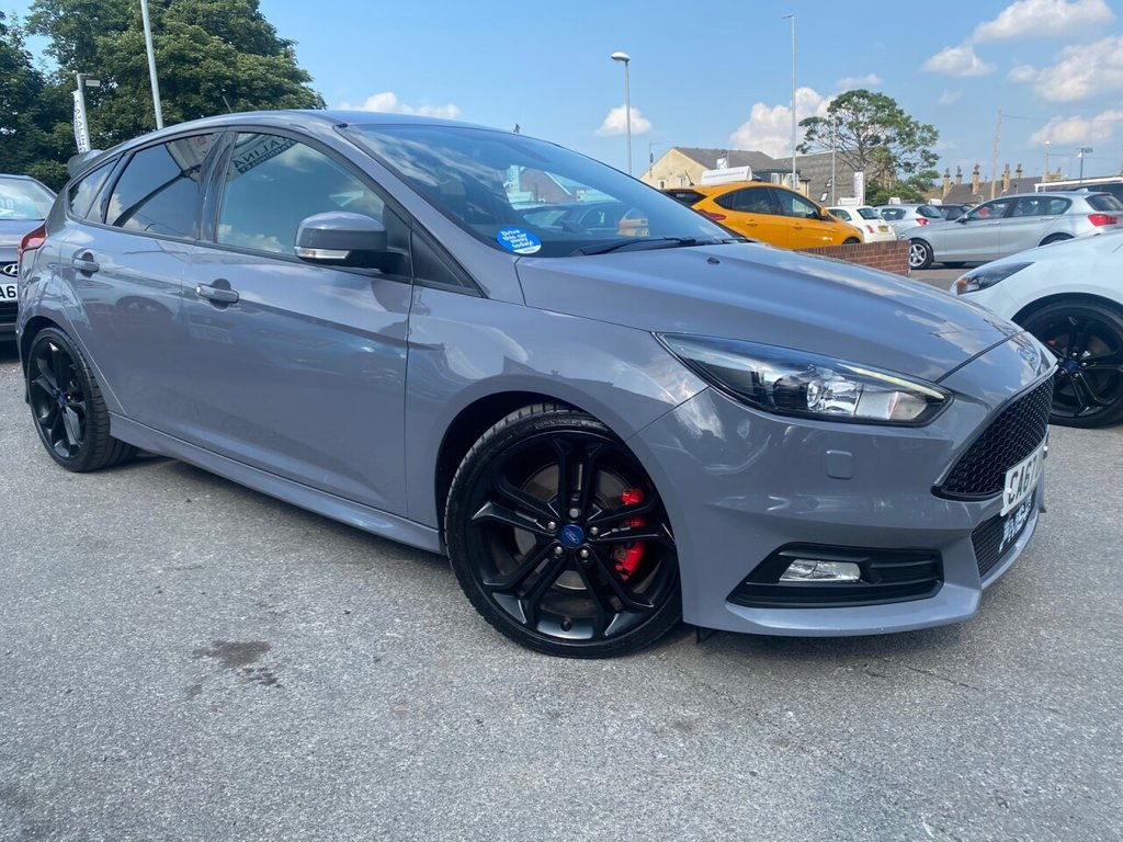 USED 2018 67 FORD FOCUS 2.0 ST-3 5d 247 BHP 6 SERVICE STAMPS-LONG MOT