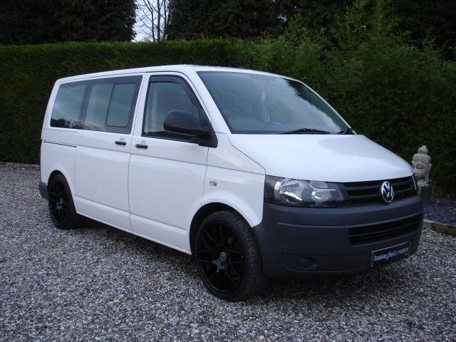 2011 61 VOLKSWAGEN TRANSPORTER 2.0 T30 TDI SHUTTLE S 5d 140BHP 8 SEATER  WITH AIR CON