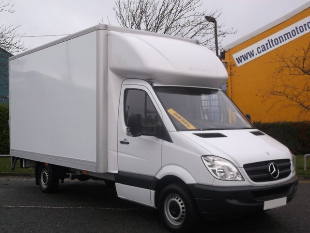 2011 60 MERCEDES-BENZ SPRINTER 319Cdi [190ps ] Automatic Luton van  T/Lift Low miles 3.0 Very rare model Air Con Free uk Delivery