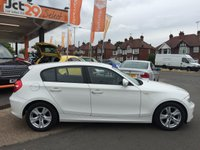 USED 2011 11 BMW 1 SERIES 2.0 116D SE (ONLY �30 PER YEAR TAX) ONLY 30,000 MILES + FROZEN WHITE WITH 16 INCH ALLOY WHEELS(DRIVES SUPERB) BUY NOW PAY MAY 2017+P/X WELCOME (CASH EITHER WAY) HUGE MPG LOW TAX 5 DOORS