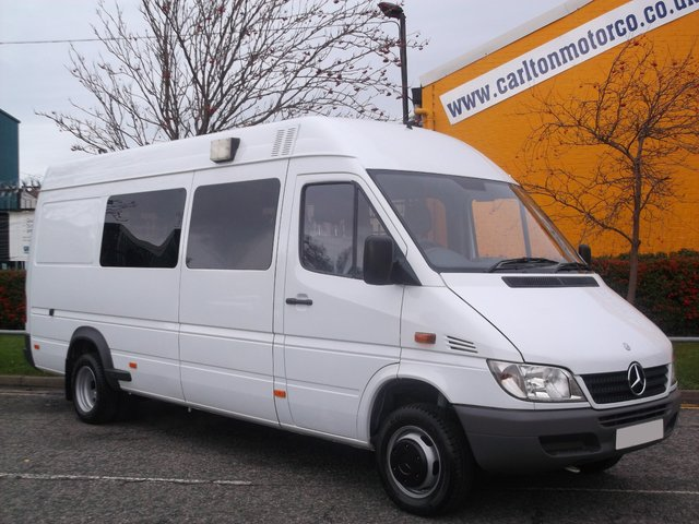 2004 54 MERCEDES-BENZ SPRINTER 416 Cdi 9 Seater Minibus Low Mileage 67K Free UK Delivery AUTOMATIC NOW REDUCED