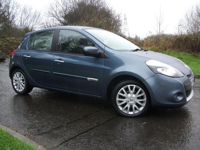 2010 59 RENAULT CLIO 1.5 DYNAMIQUE DCI 5d 86 BHP     ** �£30 A YEAR  ROAD TAX ** LOW MILEAGE ONLY 33K **