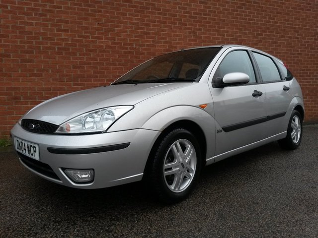 2004 04 FORD FOCUS 1.6 ZETEC 5 Door MORE IN STOCK