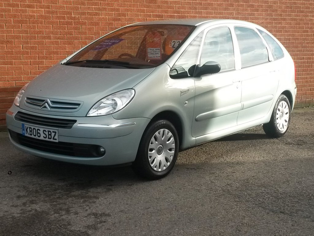 USED 2006 06 CITROEN XSARA PICASSO 1.6 PICASSO DESIRE HDI 5 Door SUPERB  CONDITION FULL SERVICE