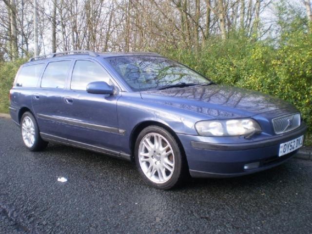 2002 52 VOLVO V70 2.4 D5 SE 5d AUTO 163 BHP