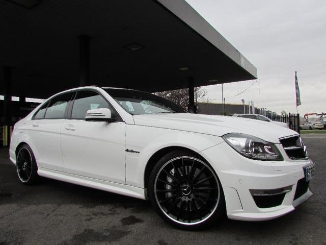 2013 62 MERCEDES-BENZ C CLASS 6.3 C63 AMG MCT 7S 4-MATIC 4dr AUTO 457 BHP