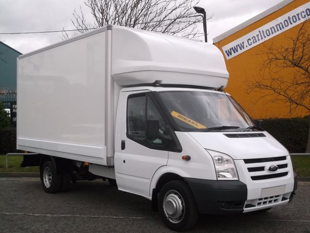 2010 59 FORD TRANSIT 115 T350 EF Luton Box van Free UK Delivery TRANSLUCENT ROOF LOW MILES