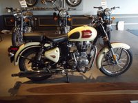 USED 2017 ROYAL ENFIELD 500 CLASSIC ALL COLOURS IN STOCK .