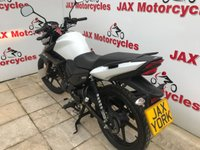 USED 2019 YAMAHA YS125 Yamaha YS125 + FREE ACCESSORY PACK WORTH OVER £100! Delivery anywhere in UK from £130 plus VAT