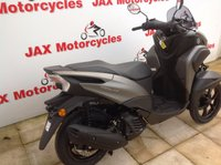 USED 2018 YAMAHA MW 125 Tricity.  Revolutionary three wheel design. New 'bike.  Delivery anywhere in UK - £130.80