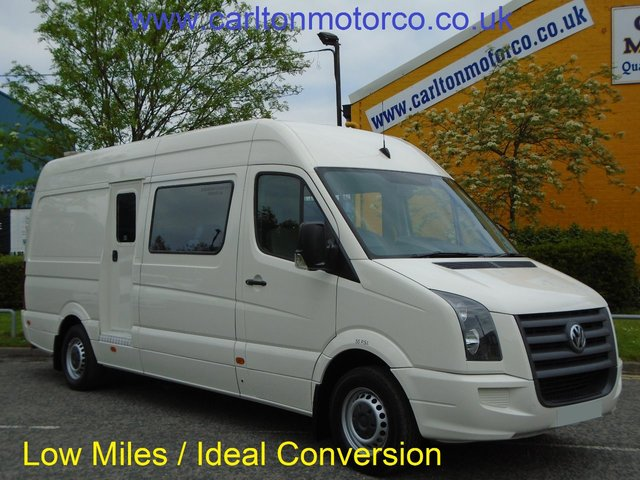 2010 10 VOLKSWAGEN CRAFTER CRAFTER CR35 TDI 109 11-Seats Minibus Low Mileage Ex Council Low Miles Free UK Delivery