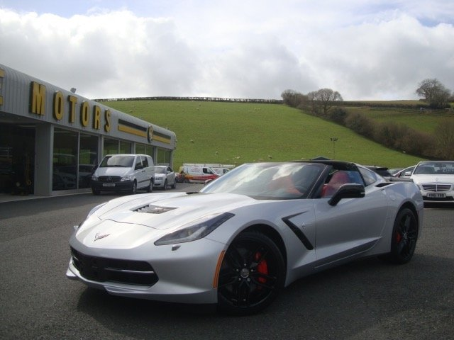 2014 CHEVROLET CORVETTE 6.2 STINGRAY 2d 466 BHP