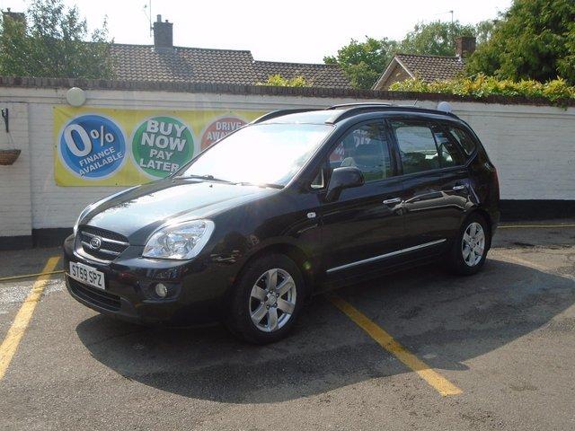 2009 59 KIA CARENS 2.0 GS CRDI 5d 138 BHP
