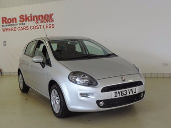 2013 FIAT PUNTO 1.2 EASY 5d 69 BHP with Brio Pack £5999.00