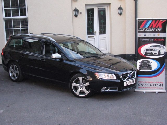 2011 11 VOLVO V70 2.4 D5 R-DESIGN SE 5d AUTO 205 BHP JUST BEEN SERVICED BY VOLVO SOLD TO JEZ AND JENNY FROM SCARBOROUGH