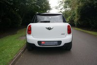 USED 2011 11 MINI COUNTRYMAN 1.6 COOPER 5d AUTO 122 BHP