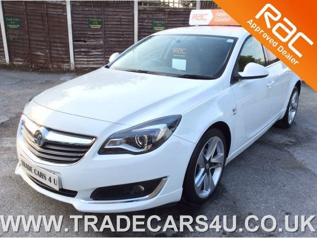 2015 15 VAUXHALL INSIGNIA 1.8 SRI NAV WITH VXR LINE STYLING IN WHITE