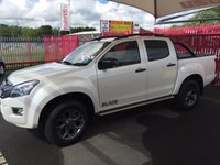 USED 2016 66 ISUZU D-MAX D-MAX BLADE AUTOMATIC WITH REAR STYLE BARS & MOUNTAIN TOP ROLLER LID Director's own vehicle with Bed rug & tow bar - Balance of 5 year Warranty!