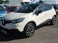 2013 RENAULT CAPTUR 0.9 DYNAMIQUE S MEDIANAV ENERGY TCE S/S 5d 90 BHP WHITE WITH A BLACK ROOF STUNNING £10495.00
