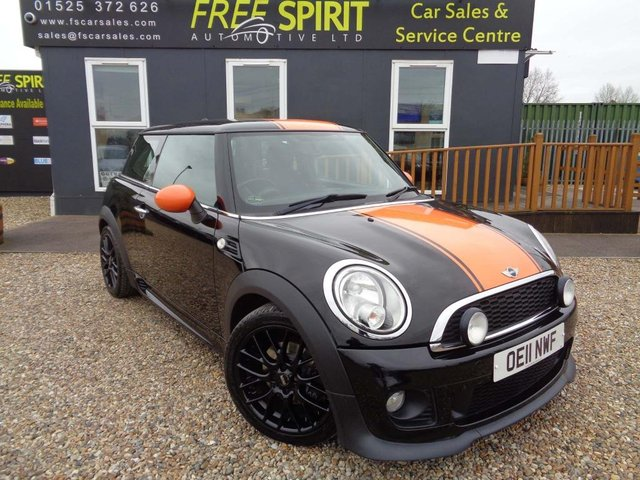 USED 2011 11 MINI HATCH COOPER 1.6 Cooper 3dr Bluetooth, DAB, Cruise