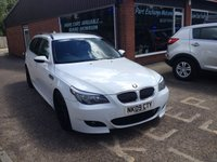 USED 2009 09 BMW 5 SERIES 3.0 530D AC TOURING 5d AUTO 232 BHP IN WHITE M5 SPEC AUTOMATIC TOURING ESTATE