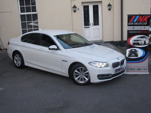 2013 63 BMW 5 SERIES 2.0 520D SE 4d AUTO 181 BHP FBMSH SAT NAV RARE WHITE AUTO WITH FULL LEATHER + XENON H/LIGHTS SOLD GOING TO CYPRUS