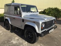 USED 2015 LAND ROVER DEFENDER 90 DEFENDER 90 2.2 TD HARD TOP 1d 122 BHP SAWTOOTH ALLOYS,ONLY 7000 MILES, ELECTRIC WINDOWS, REMOTE LOCKING